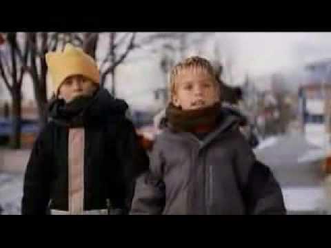 I Saw Mommy Kissing Santa Claus (film) I Saw Mommy Kissing Santa Clause Bloopers Dylan and Cole Sprouse