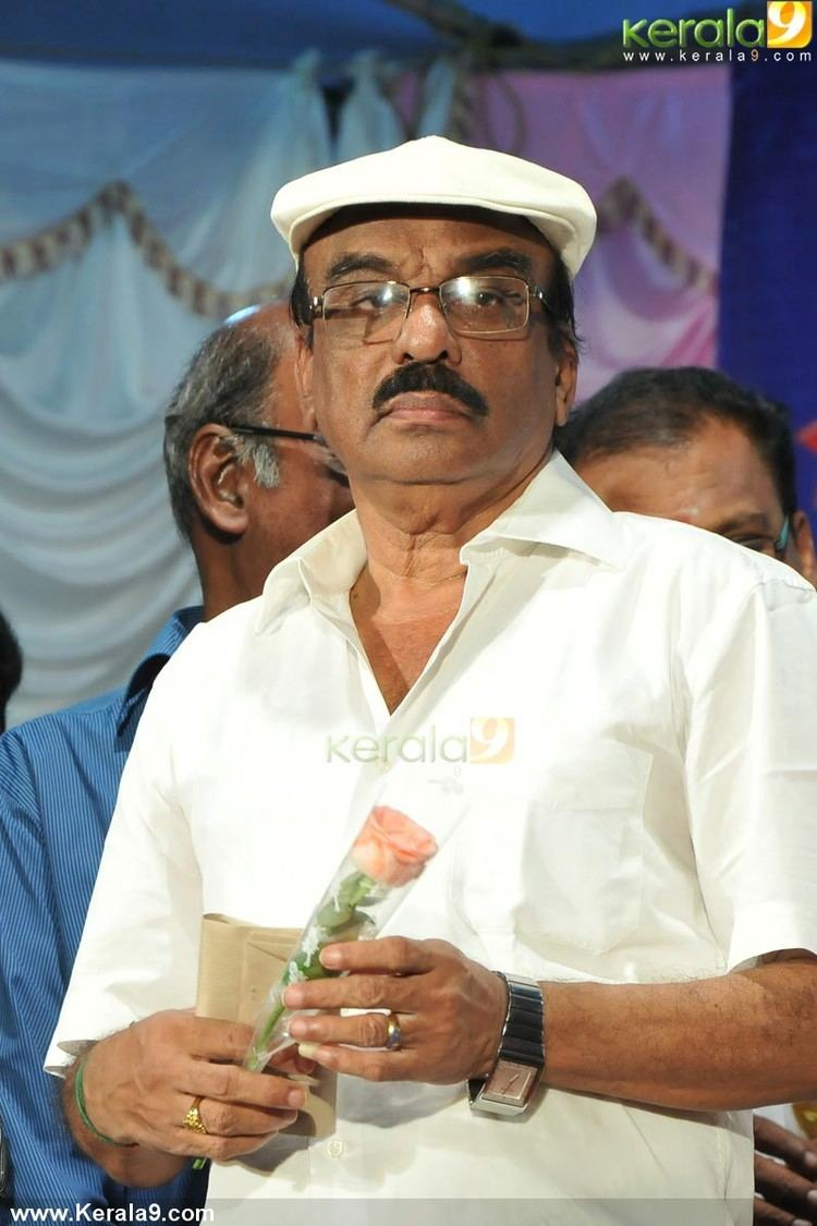 I. V. Sasi Iv sasi at actor jayan remembering day 2014 photos 00441
