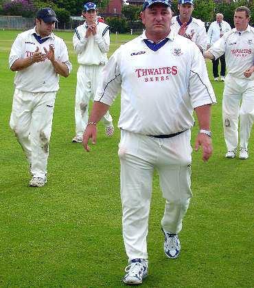 Ian Austin (Cricketer)