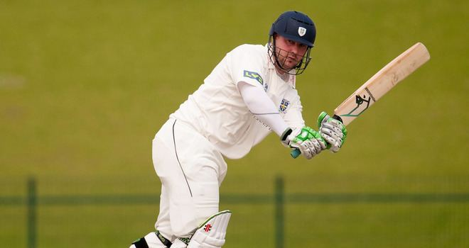 Injury forces former England allrounder Ian Blackwell to retire