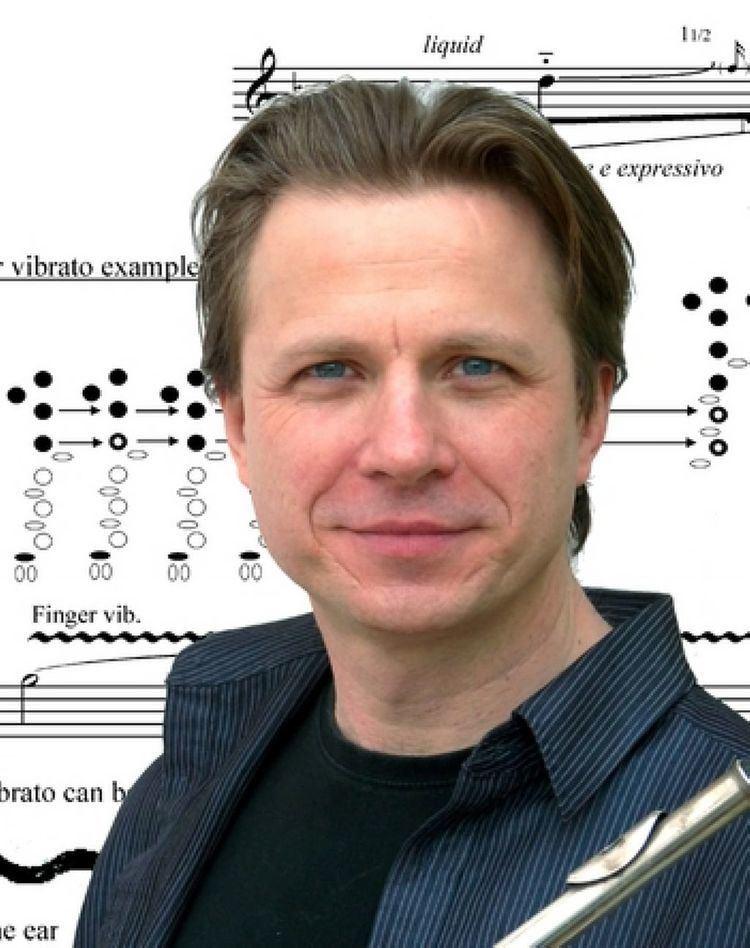 Ian Clarke (flautist) wwwadamsmusiccomimagesnewsarticlesDB580C8D6D