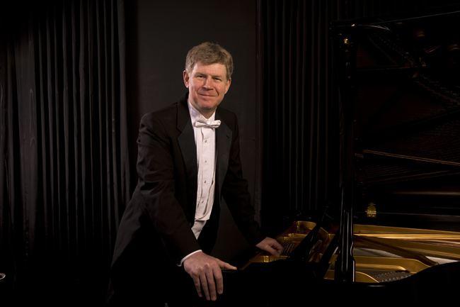 Ian Hobson Illinois Hobson recital series to showcase all of Brahms