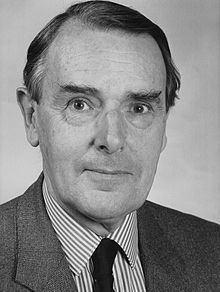 Ian Nish httpsuploadwikimediaorgwikipediacommonsthu