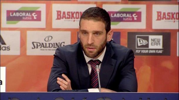 Ibon Navarro Baskonia Ibon Navarro es el quinto entrenador en dos aos