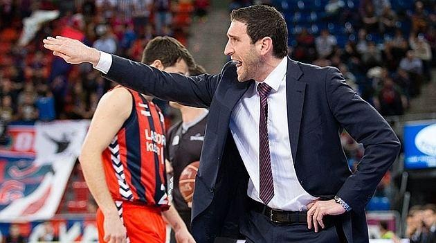 Ibon Navarro Ibon Navarro nuevo entrenador del Manresa Blog de Basket