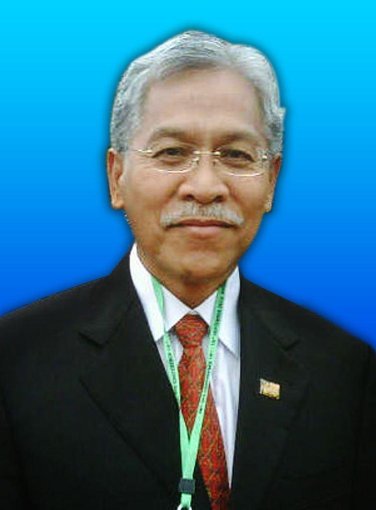 Idris Jusoh httpsuploadwikimediaorgwikipediacommonsff