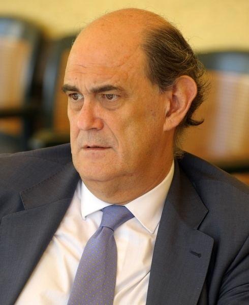 Ignacio Astarloa Ignacio Astarloa cree que Fernndez Daz lo va a hacer
