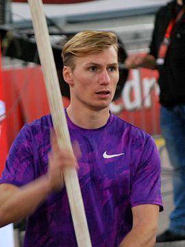 Igor Bychkov (athlete) httpsuploadwikimediaorgwikipediacommonsthu
