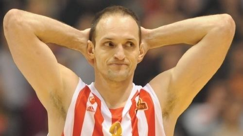 Igor Rakočević Igoru na trenutak stalo srce Sport Koarka ALO