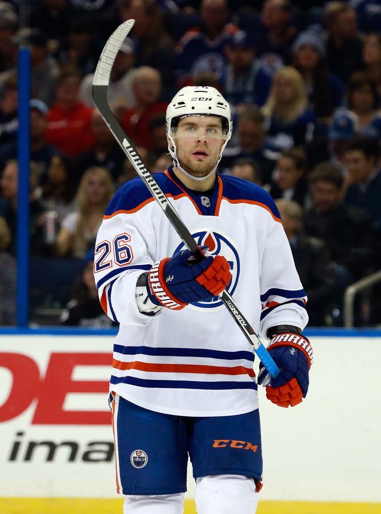 Iiro Pakarinen Edmonton Oilers Officially Ink Iiro Pakarinen To OneYear Extension