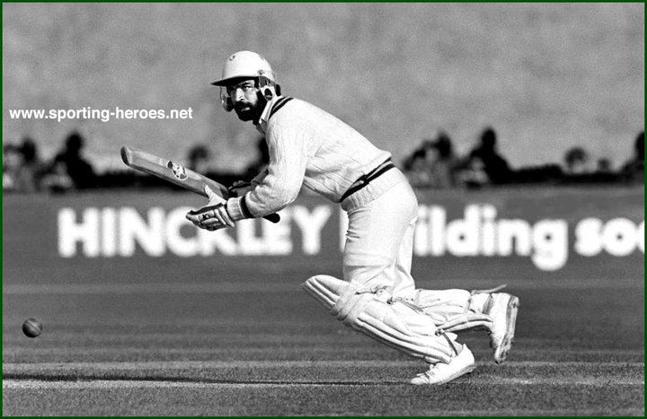 Ijaz Faqih (Cricketer)