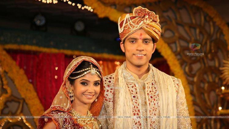 Imagine TV Ratan Rajput Ratan Rajput gets engaged to Abhinav Sharma on