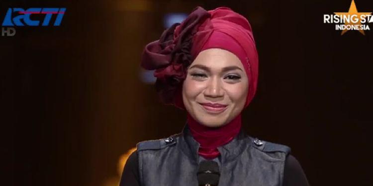 Indah Nevertari Indah Nevertari 5 Penyanyi Hijabers Paling Populer Saat