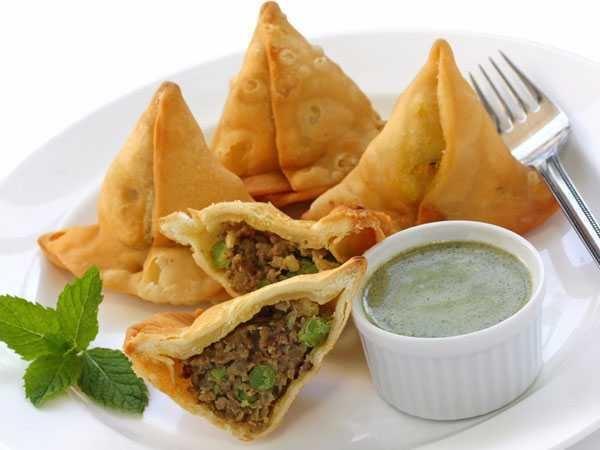 Indian fast food top10walainwpcontentuploads201601Samosajpg