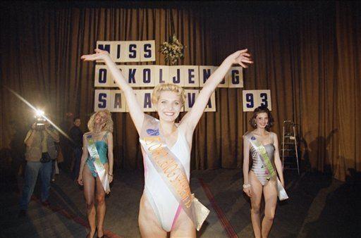 Inela Nogić 1993 Bosnian beauty queen stood up against war