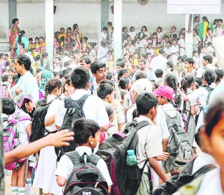 Infant Jesus' School, Patna City Tremor shock spills out on roads