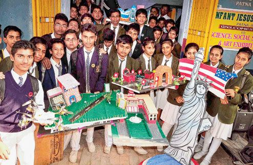 Infant Jesus' School, Patna City Skills steps salute women