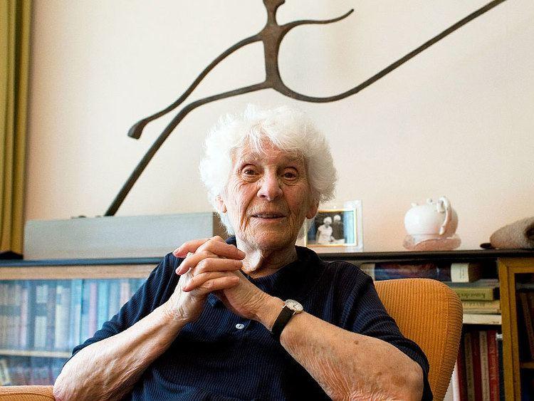Ingeborg Rapoport German Woman Receives Doctorate 77 Years After Nazi
