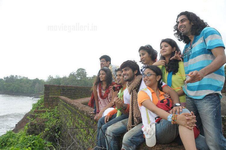 Inidhu Inidhu A guest post by Yaamini Radhakrishnan for my blog Movie Review