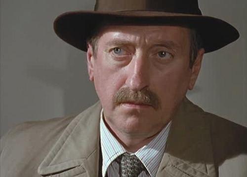 Inspector Japp Flammentanz David Suchet as Hercule Poirot and Philip Jackson