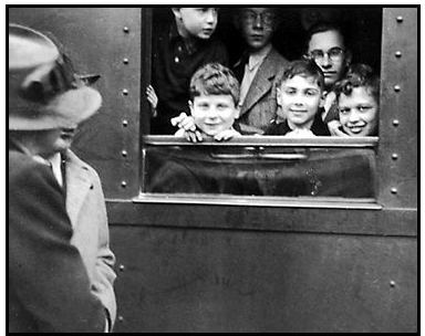 Into the Arms of Strangers: Stories of the Kindertransport Into the Arms of Strangers Photo Gallery