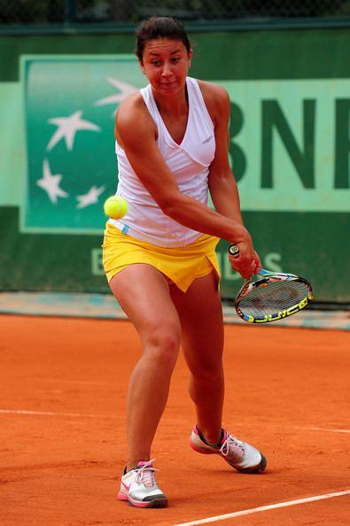 Ioana Loredana Rosca Ioana Loredana Rosca Pictures 2012 French Open Day Ten