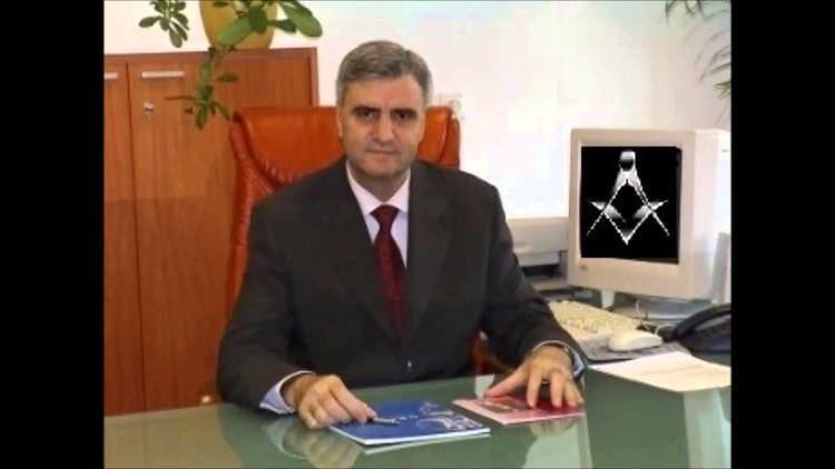 Ioanel Sinescu Ioanel Sinescu seful medicilor MASONI din Romania YouTube