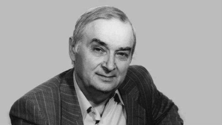 Ion Druță Ion Dru Viaa i moartea la moldoveni 1995 YouTube
