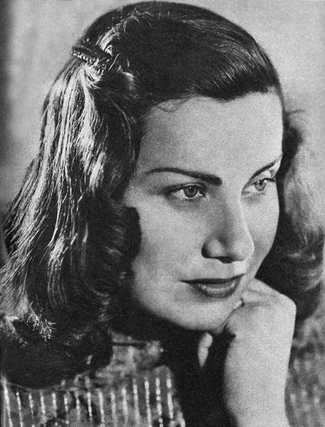 Irena Eichlerówna httpsuploadwikimediaorgwikipediacommonsee