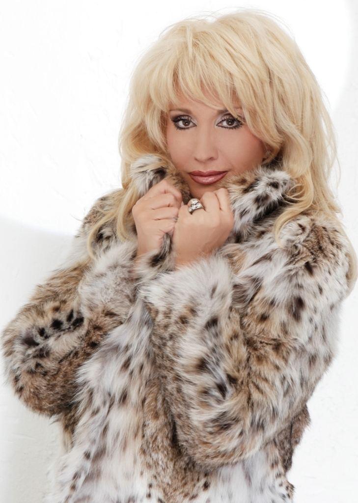 Irina Allegrova IRINA ALLEGROVA Singer Fur3 Pinterest Singers and Fur