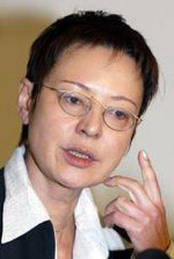 Irina Khakamada Irina KHAKAMADA The opposition also bears responsibility for