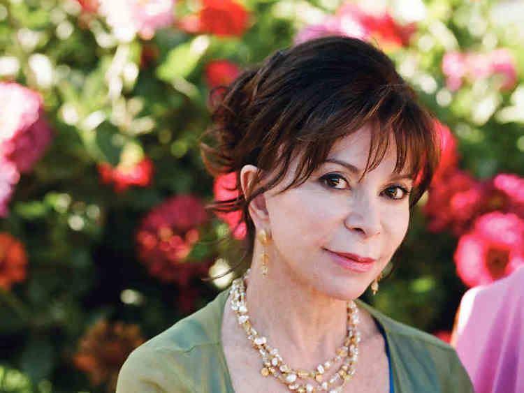 Isabel Allende Internationally Bestselling Author ISABEL ALLENDE Comes to