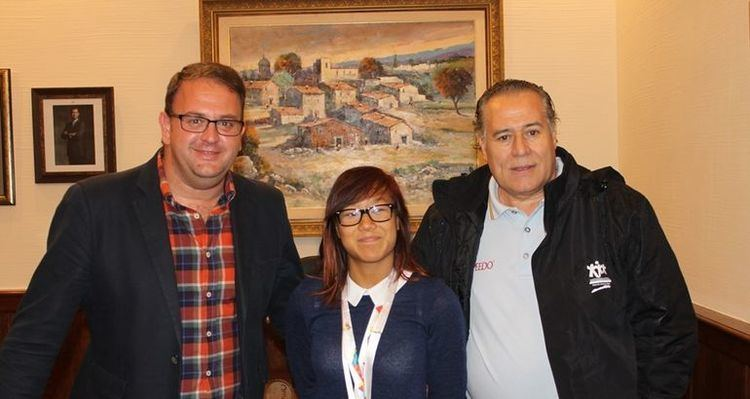 Isabel Yingüa Hernández El alcalde de Mrida recibe a la nadadora Isabel Yinga Hernndez