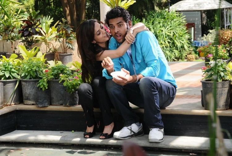 Ishtam (2012 film) movie scenes Ishtam Movie Hot Stills Starring Vimal Anoop Nisha agarwal Parvathi Nifran