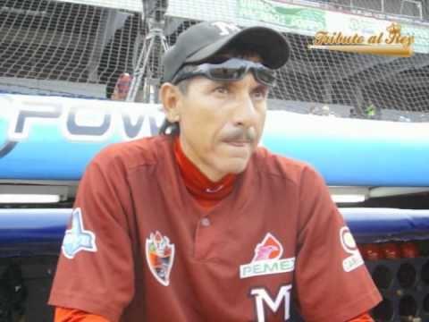 Isidro Márquez TRIBUTO AL REY con quotIsidro Mrquezquot YouTube