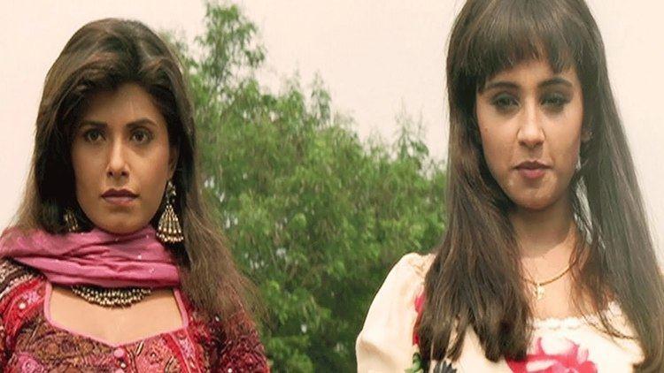 Divya Dutta Tina Iski Topi Uske Sar Action Scene 1112 YouTube