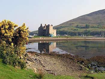 Isle of Arran wwwscotlandinfoeuimagesarranlochranzacastlejpg