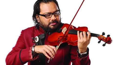 Ismail Darbar Ismail Darbar to compose for his directorial debut The