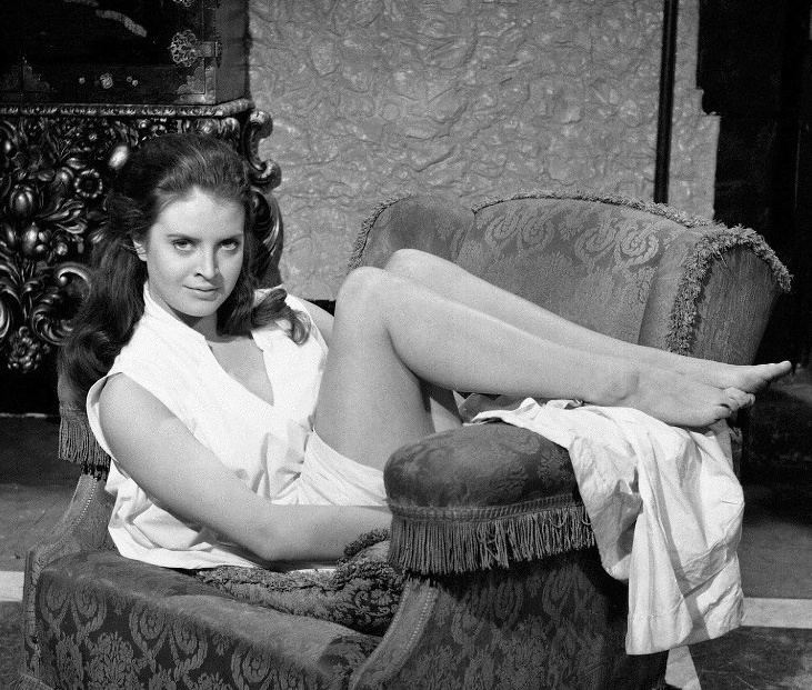 Isobel Black Kiss of the Vampire Isobel Black Hammer Horror