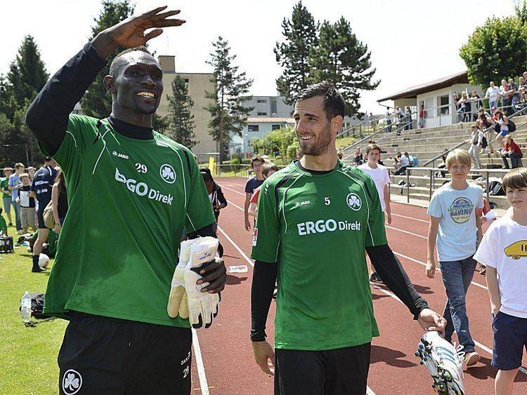 Issa Ndoye Was lange whrt Ndoye landet beim Kleeblatt Bundesliga