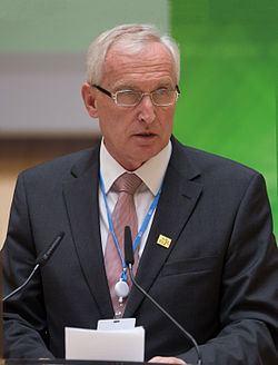István Mikola httpsuploadwikimediaorgwikipediacommonsthu