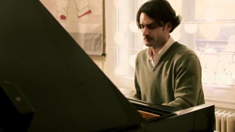 Ivan Ilić (pianist) Pianist Ivan Ili performs Leopold Godowsky39s 39Chopin Study39 no 2