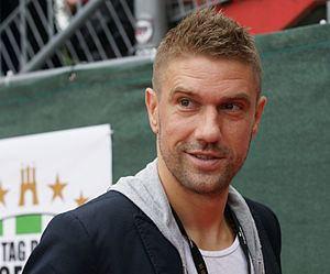 Ivan Klasnić httpsuploadwikimediaorgwikipediacommonsthu