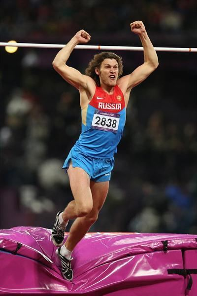 Ivan Ukhov Ukhov and Dmitrik clear 240m in Arnstadt but the Olympic