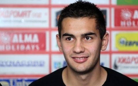 Ivaylo Chochev Young Talent Ivaylo Chochev Set to Join Berbatov in Monaco