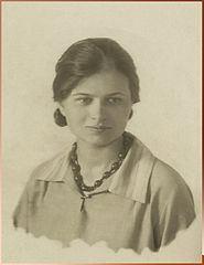 Izabella Zielińska httpsuploadwikimediaorgwikipediacommonsthu