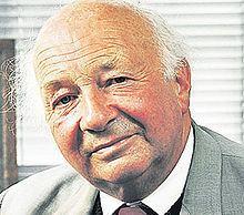 J. B. Steane httpsuploadwikimediaorgwikipediaenthumb0