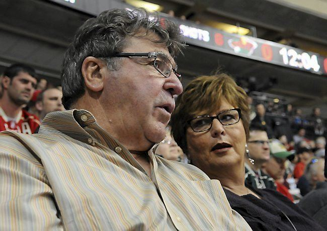 J. P. Parisé North Stars great JP Parise dies at 73 Twin Cities