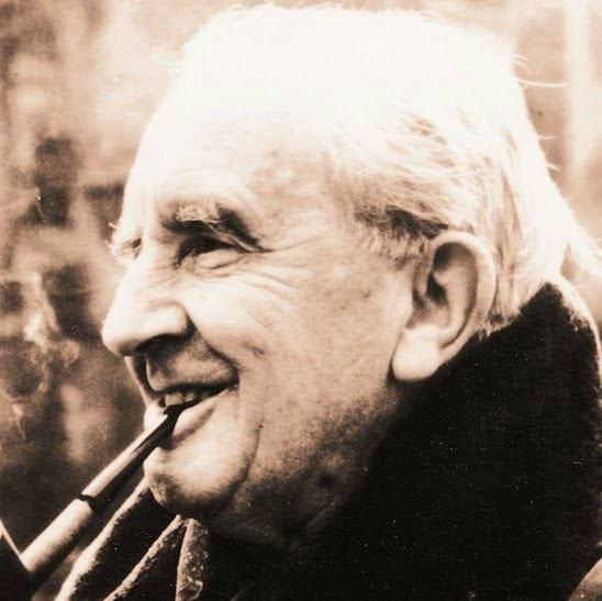 J. R. R. Tolkien httpslh6googleusercontentcomZJSPcDgxY14AAA