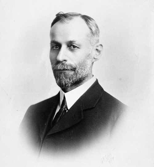 J. S. Woodsworth Civilizationca History of Canadian Medicare 19141929